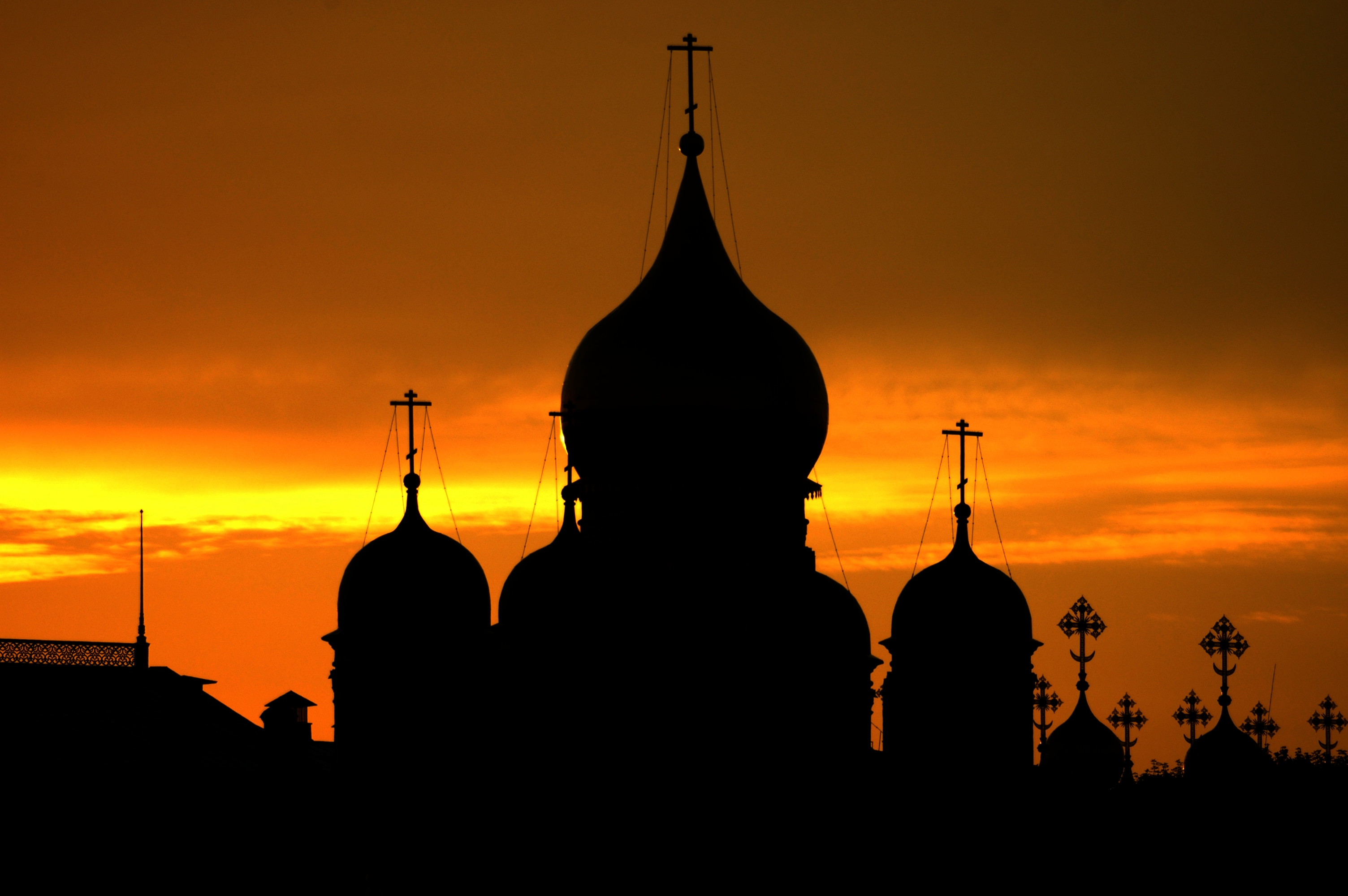 photo of Kremlin sunset