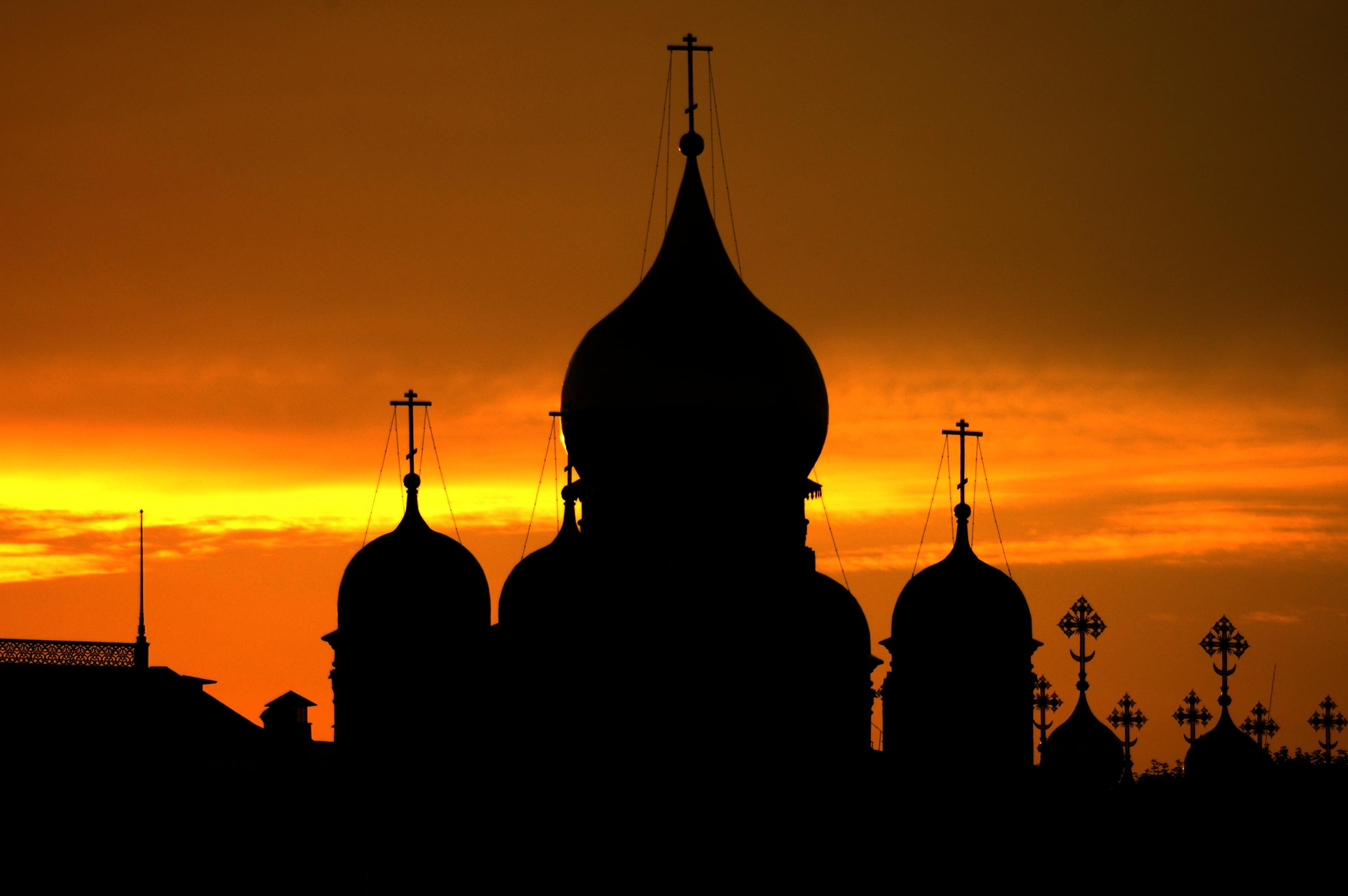 photo of Kremlin sunset